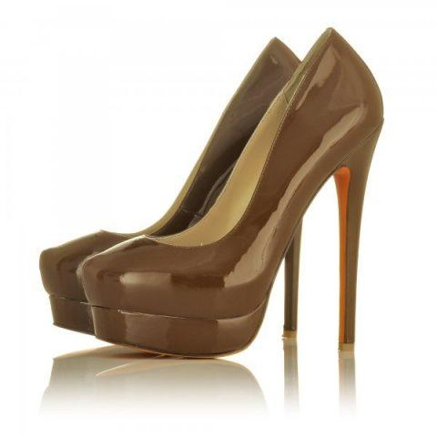 Chocolate orange pumps