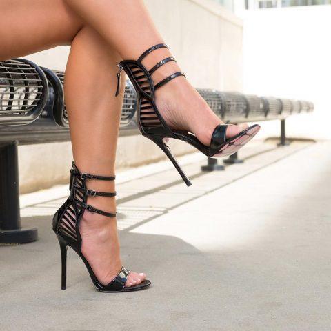Taylor Says heels